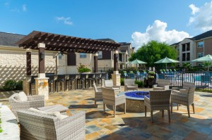 Apartments in Katy, TX - Outdoor Seating Area with Fire Pit & Pergola